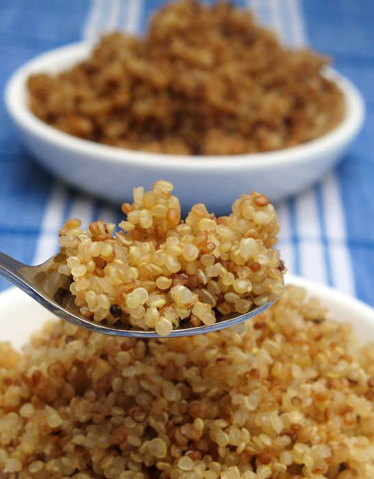 How To Make Perfect Quinoa by motherwouldknow:  Rinse, dry, toast and cook. Try the 1:1.5, quinoa:liquid ratio.  #Quinoa