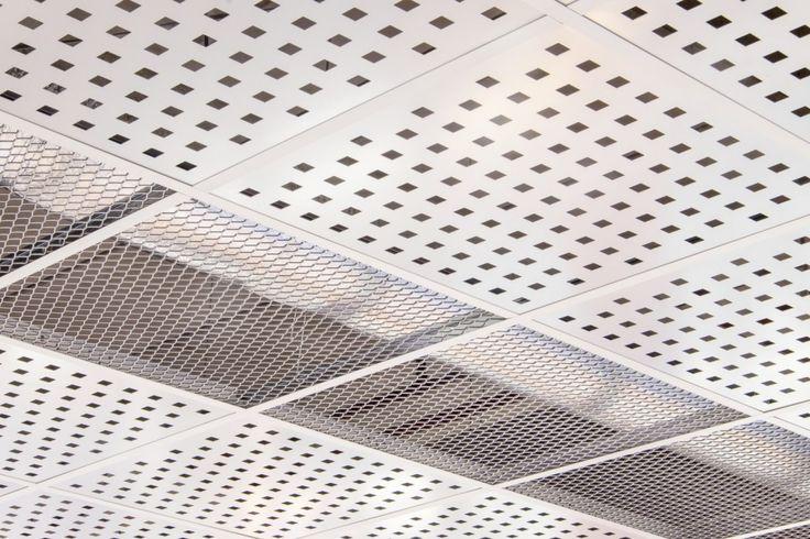 Plafond métallique des magasins Krëfel