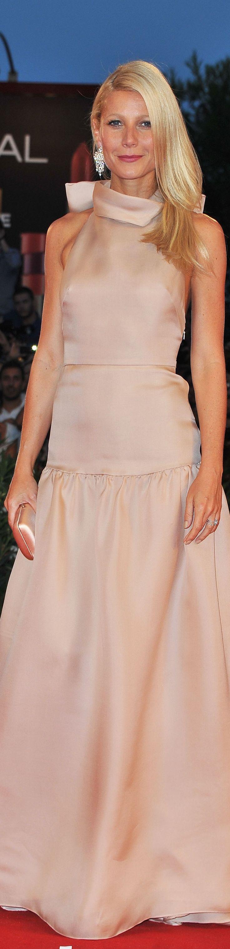 Gwyneth Paltrow - Prada ?BOUTIQUE CHIC? | Film Flam | Pinterest ...