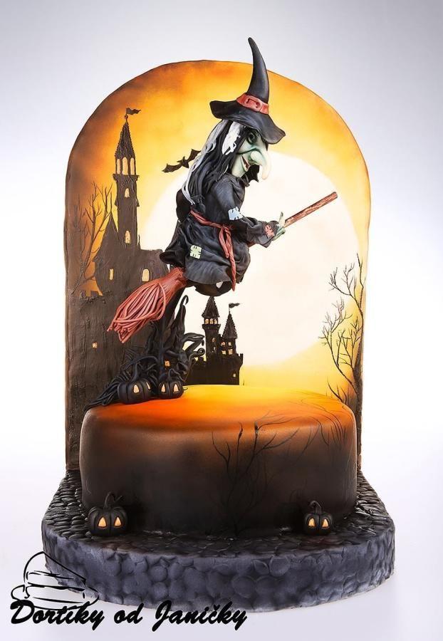 Flaying Witch - Cake by dortikyodjanicky