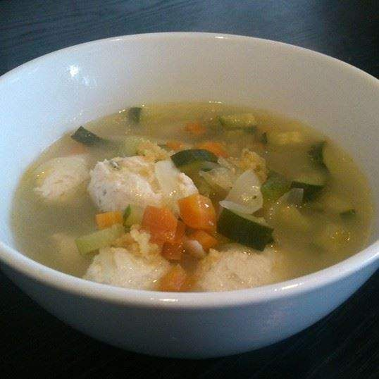 Recipe Chicken Dumplings in Soup (Paleo, GAPS, Gluten/Dairy FREE) by Stone Soup - Recipe of category Main dishes - meat