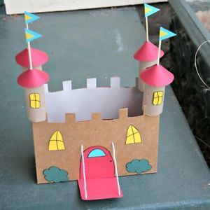 When your kids are bored, reach for the recycling bin and find some old boxes to transform into a fun new toy or gift. Kids will learn that you don't need to buy new things to have fun, as well as a healthy...