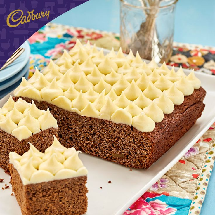 July is the season to be merry and the perfect excuse to bake up mid-winter treats for family and friends. I shall be celebrating accordingly with this tempting Chocolate Gingerbread Cake!  #bakeitcadbury #baking #chocolate #dessert #cake
