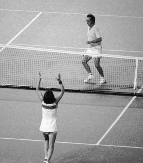 """Billie Jean King beating Bobby Riggs in the famous """"Battle of sexes"""" match in 1973"""