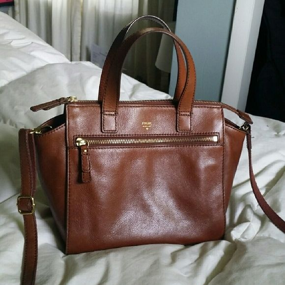 Fossil Purse: Tessa Satchel Brown Fossil Purse: Tessa Satchel Brown  Amazing condition Had for a few months A tad lighter than pictures show Just have my eye on a different bag  Retails for $178 Asking $94 Fossil Bags Crossbody Bags