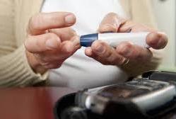 A diabetes é uma das patologias mais comuns e graves no mundo. Conheça tudo sobre a diabetes: os tipos de diabetes, os sinais, os sintomas e a forma de tratamento.