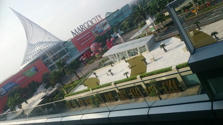 Mall View