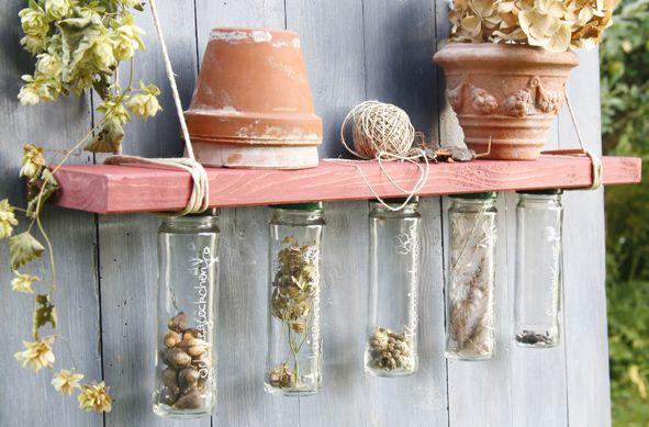 """Περιοδικό Έτσι Απλά   """"Φωλιές"""" γης - Recycling glass vases for garden organize & deco"""
