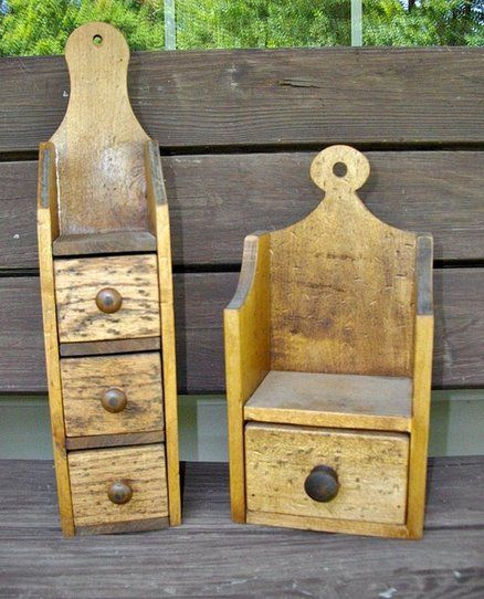 Primitive style boxes from scrap barn wood. I just can't bring myself to  throw anything away!
