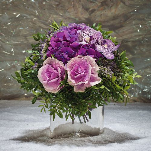 Dinner Table Flower Arrangements Beautiful By The Russian Designers From Head Decor Purple Bouquet