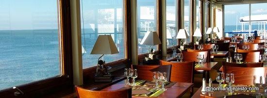 Le restaurant le Clapotis  au Havre / Sainte Adresse  Restaurant - Brasserie de bord de mer  http://www.normandieresto.com/ficheresto.php?id=317