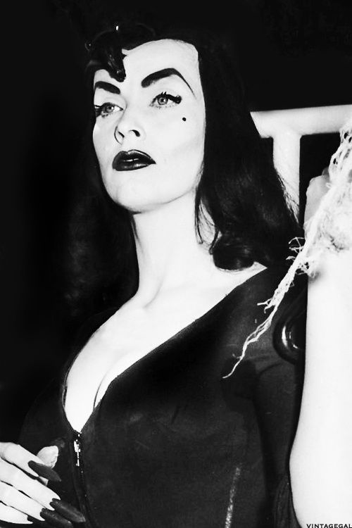 Vampira.  I mean...those brows!!!  ::swoon::