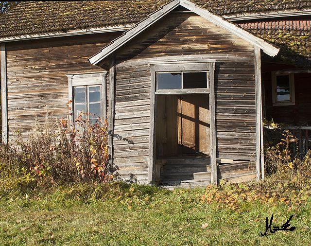 Huhtimäki autioitunut entinen maatila, ei ole tietoa mistä syystä.
