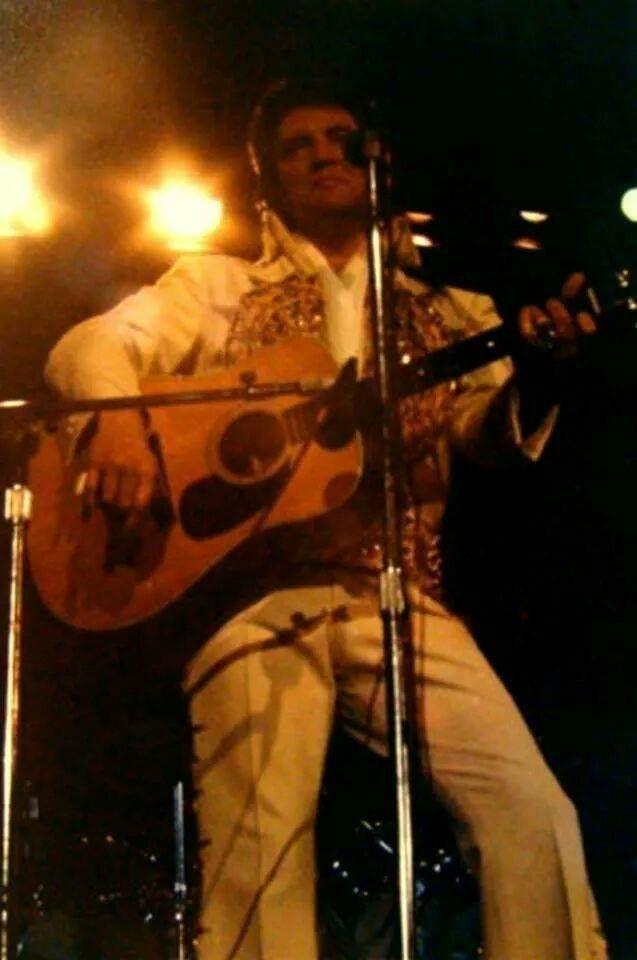 Elvis - Rapid City - June 21, 1977.