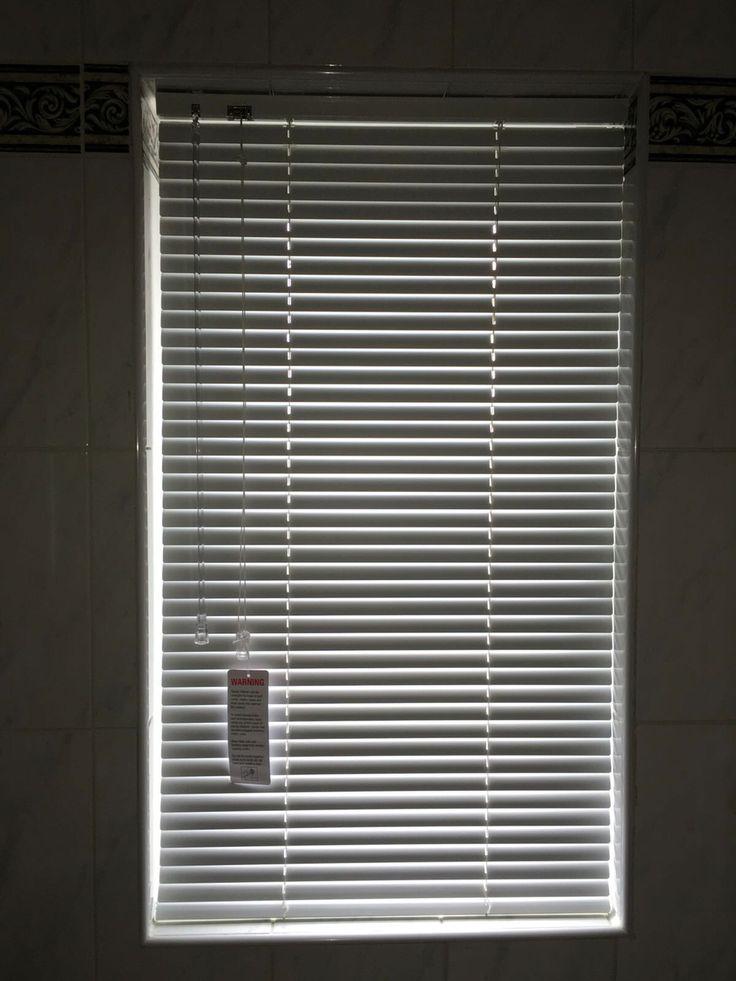 Aluminium Venetian blinds for a customer, Rochdale. www.blinds-Rochdale.co.uk