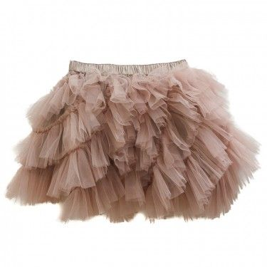 I love the puffiness of this skirt!