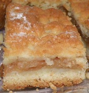 szarlotka - yummy alternative to apple pie :) Would make again. (dan still likes apple pie more tho)