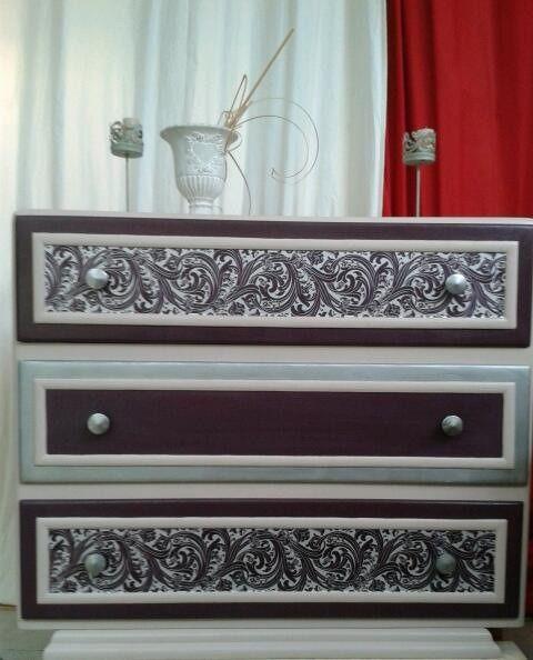 1000 id es sur le th me commode baroque sur pinterest meuble baroque style - Commode baroque rouge ...