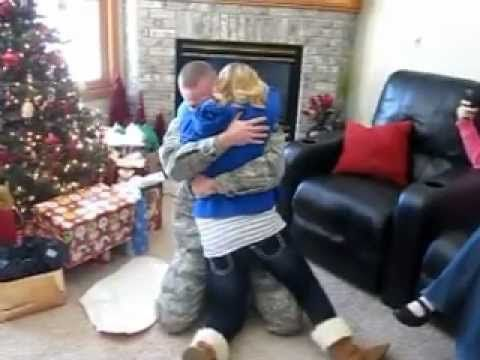 Christmas Military Homecoming Surprise - http://www.militarysurprise.com/christmas-military-homecoming-surprise/