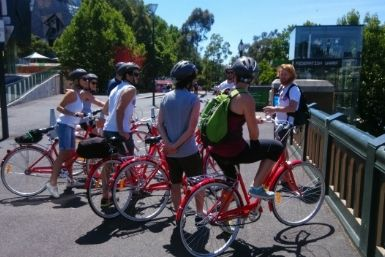 Freddy's All in One Melbourne Bicycle Tour is a three-and-a-half hour relaxing bike ride around Melbourne.