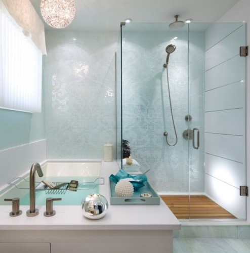 Consider your colors. An essential part of creating the perfect, airy, open bathroom is the color. But when making it light, white isn't your only option. A cool blue, a warm gray or the palest creamy yellow can be inviting and spalike.