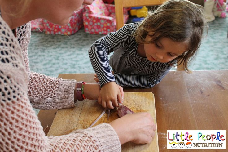 http://littlepeoplenutrition.com.au/how-to-make-calamari/ Learning about calamari and squid
