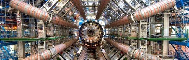 Wetenschappers hopen met Large Hadron Collider binnen enkele dagen contact te maken met parallel universum - http://www.ninefornews.nl/wetenschappers-hopen-met-large-hadron-collider-binnen-enkele-dagen-contact-te-maken-met-parallel-universum/