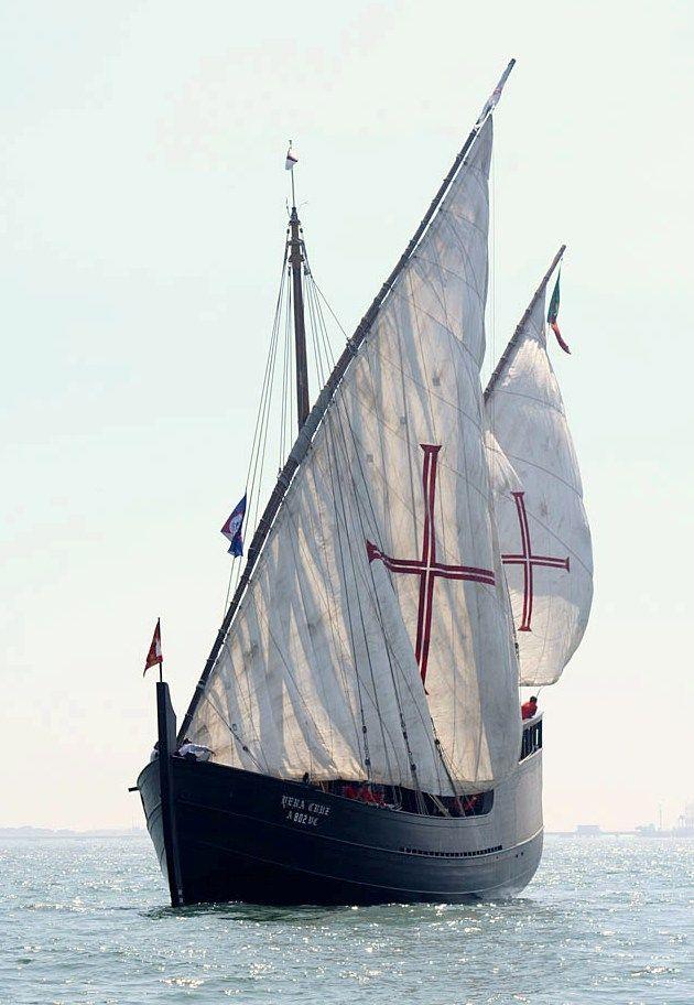 Portuguese Caravel                                                                                                                                                                                 Mais