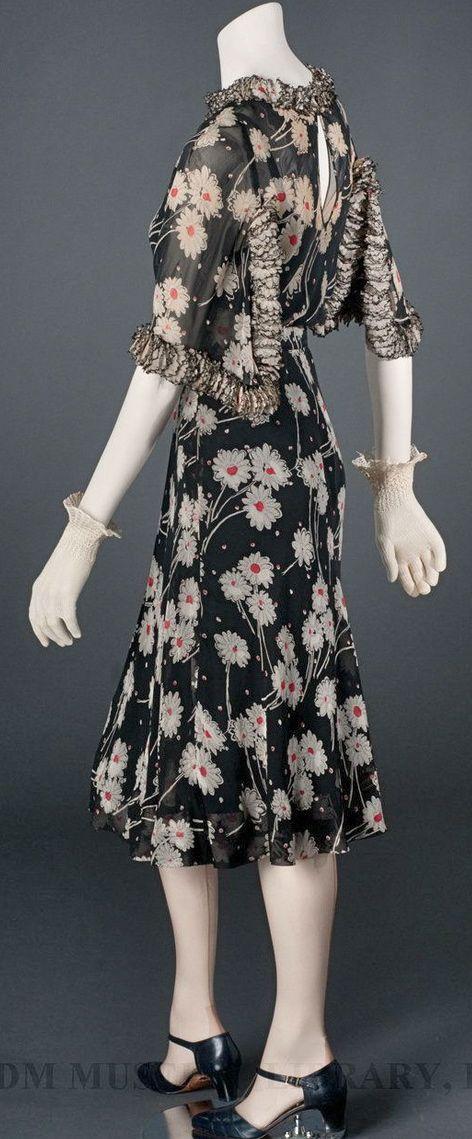 ~Chanel Dress - c. 1937 - by Gabrielle 'Coco' Chanel~ #ElegantLivingForWomen…