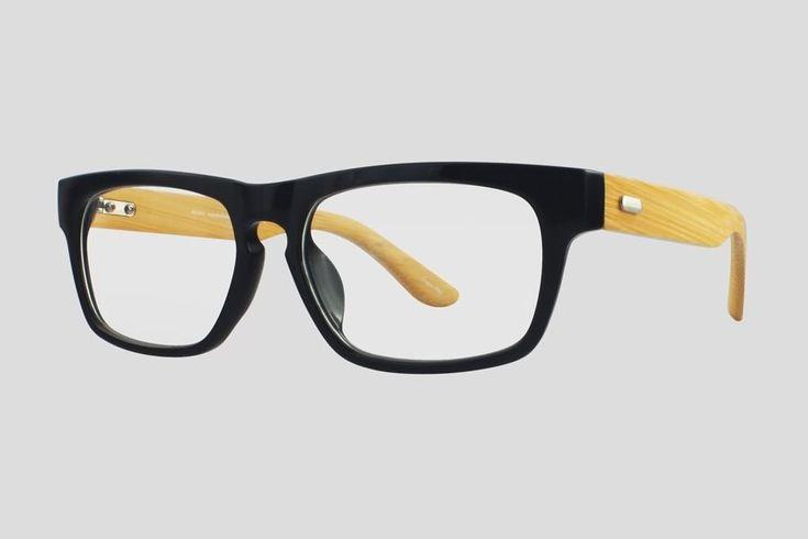 #Brillen van Reor. Dit is de Alanson (art. nr. F10.652UBL), complete bril vanaf € 29.90. #Montuur van zwart acetaat met bamboe brillenpoten. Verkrijgbaar in nog twee andere kleuren.