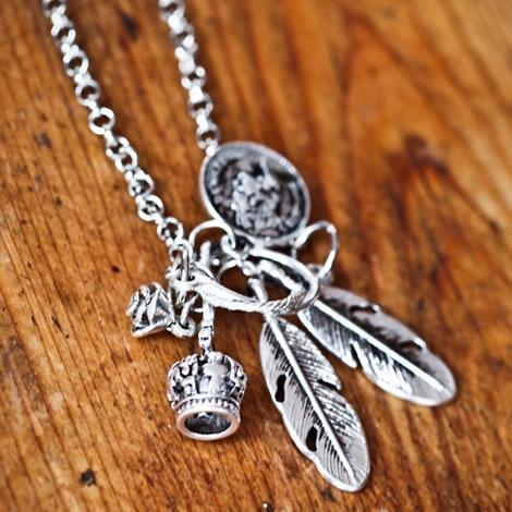 Lindi Kingi Cluster Charm Necklace