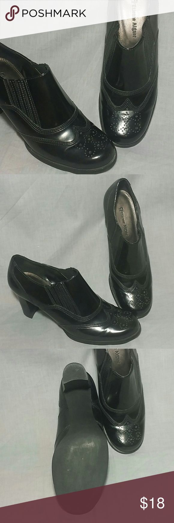 "Etienne Aigner Dress Shoes Black Size 7 M Heels Women's Etienne Aigner Dress Shoes Black Size 7 M Heels 3"". Item is in a good condition ALL MANMADE MATERIAL. Etienne Aigner Shoes Heels"