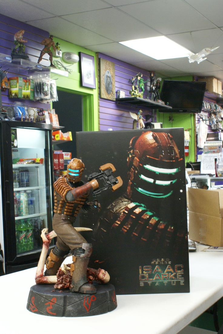Sideshow Collectibles presents Dead Space Isaac Clarke ...