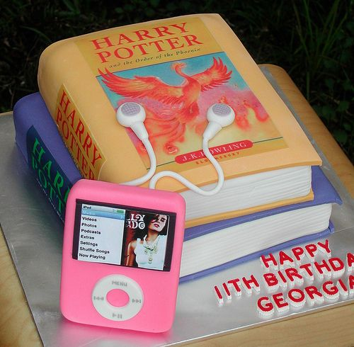 Best Cake Design Book : 86 best images about Book cakes on Pinterest Open book ...