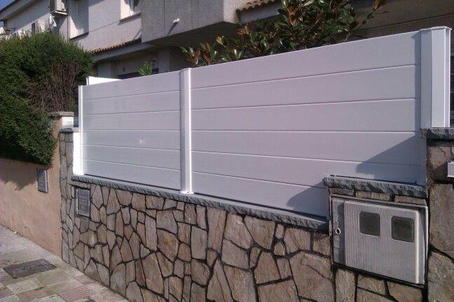Cerramiento de jard n modelo vall palau t6 blanco pvc - Vallas para muros ...