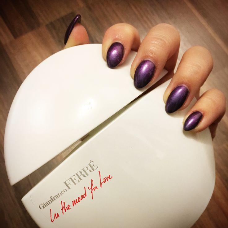 • perfect nails •