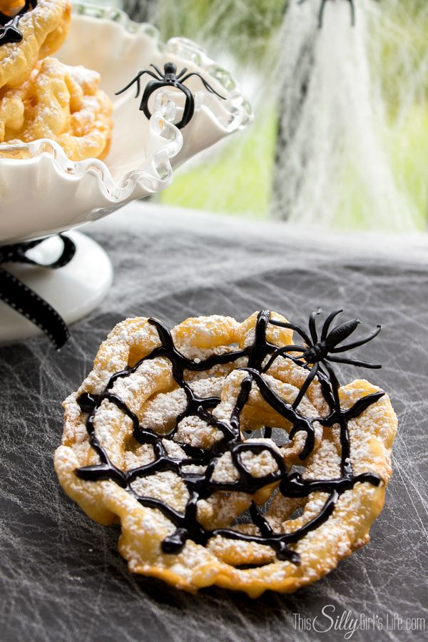 Crispy Spider Webs {Mini Funnel Cakes} perfect for a Halloween party