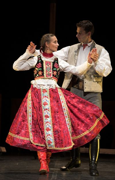 Tradition dance -Hungary -Csárdás!