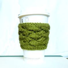 Woven Cable Coffee Cup Sleeve Pattern - Purl Avenue free  pattern