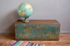 Coffre à jouets malle en bois valise ancienne vintage rétro patiné