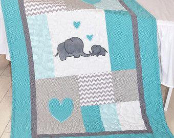 Elefanten Baby Decke Navy Gray Krippe Quilt von Customquiltsbyeva