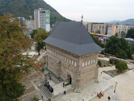 Biserica Sf. Ioan Piatra Neamt. Citeste mai multe: http://www.imperatortravel.ro/2012/09/prin-neamt-in-mijloc-de-septembrie-partea-1.html