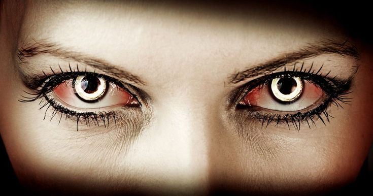 What You Must Know About Halloween Contact Lenses