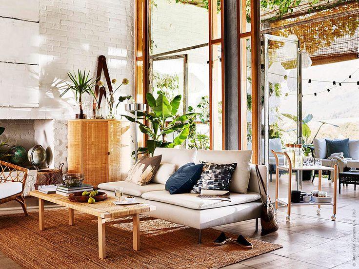 Natürliche Materialien, ruhige Farben, viel Licht - wir lieben dieses Wohnzimmer! Unsere SÖDERHAMN Sofaserie gibt es übrigens auch in anderen tollen Farben.