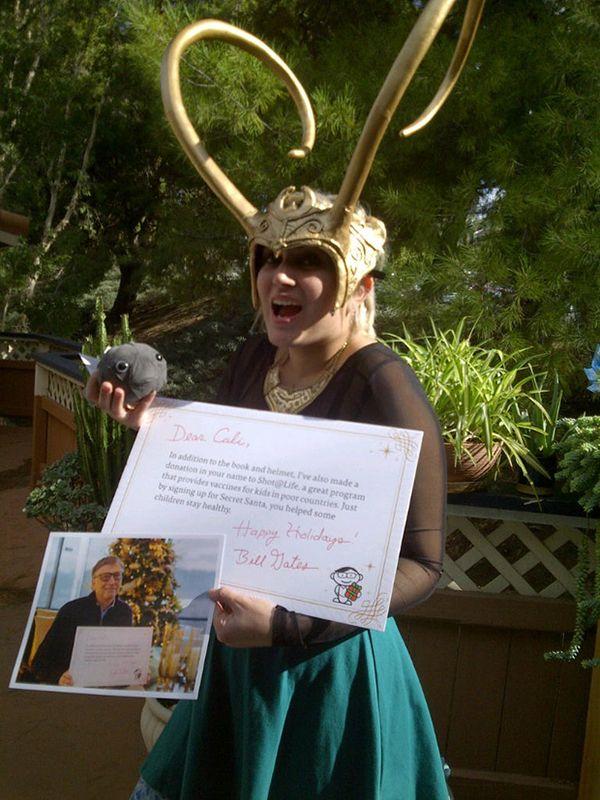 Bill Gates Gives Redditor A Loki Helmet For The Secret Santa Gift Exchange