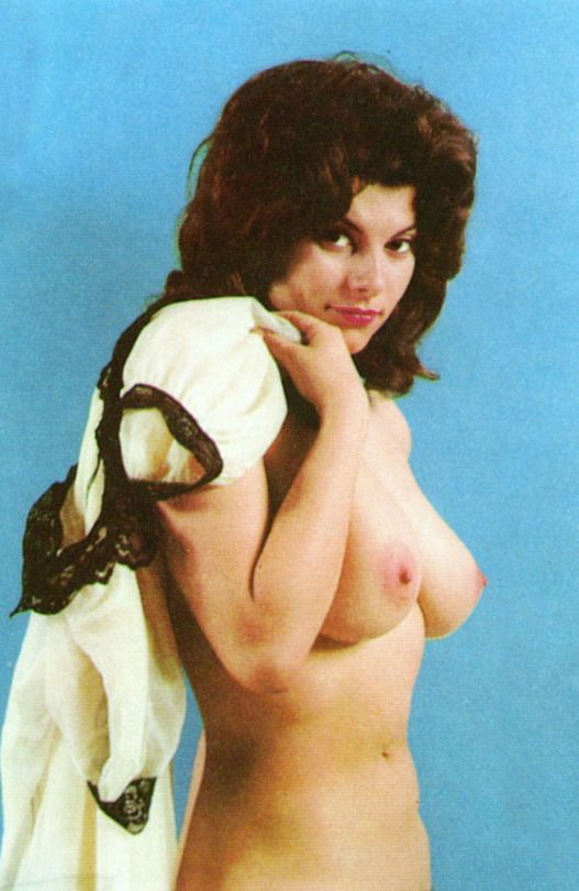 Adrienne barbeau bare breasts, fat black pussy spreading