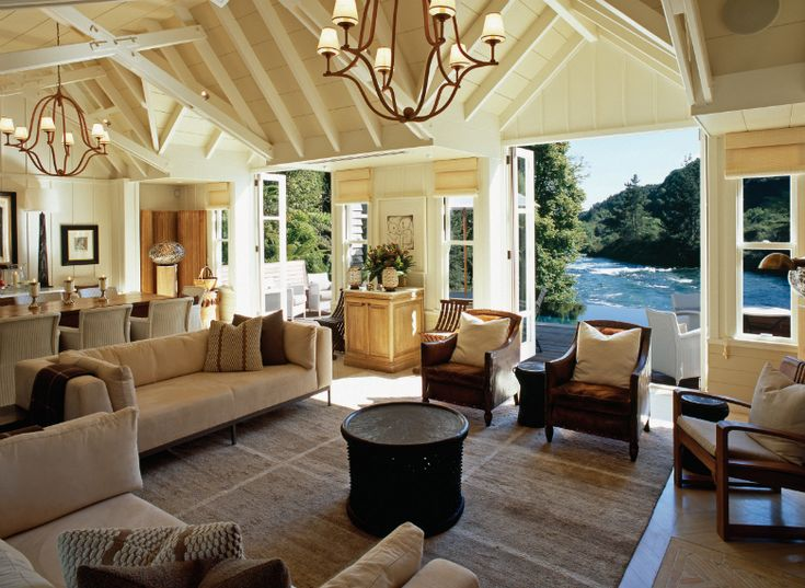 Complimentary return private vehicle transfers from Rotorua to Huka Lodge - 01 September 2014 to 31 March 2015