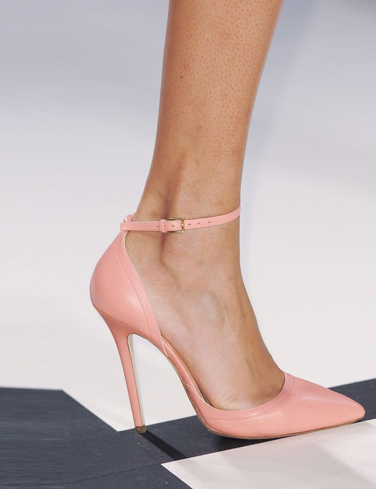 Elie Saab pale pink ankle strap shoes 2014