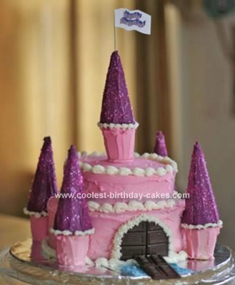 Homemade Princess Castle Birthday Cake: This Princess Castle Birthday Cake was for my daughter's 5th birthday.  Like many other little girls, she announced she wanted a princess cake.  After