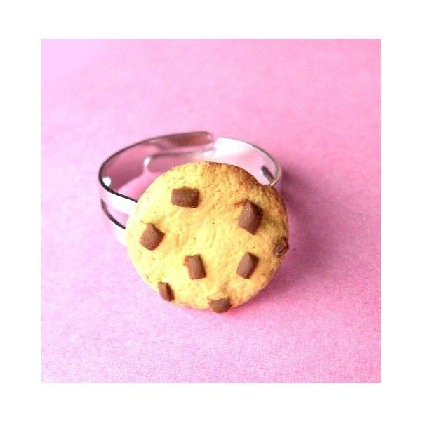 Chocolate Chip Cookie Ring ($9.50) ❤ liked on Polyvore featuring jewelry, rings, adjustable rings, stainless steel jewellery, chocolate rings, wrap rings and stainless steel rings